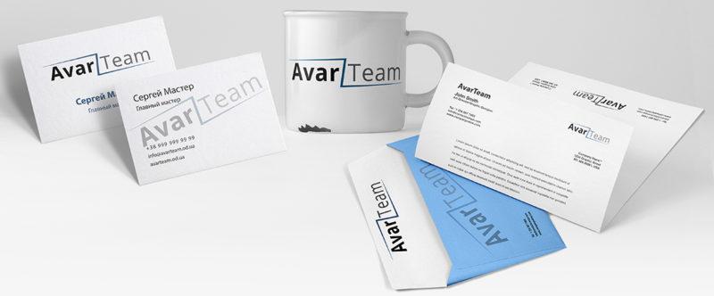 представление логотипа компании AvarTeam на разных предметах
